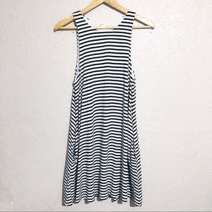 H&M Basic Swing Striped Dress with Pockets!